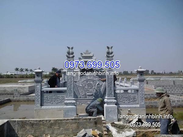 Cột đá xanh đẹp chạm khắc rồng giá rẻ thiết kế đơn giản