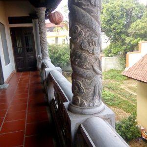 Cột đá xanh đẹp chạm khắc rồng giá tốt thiết kế đơn giản