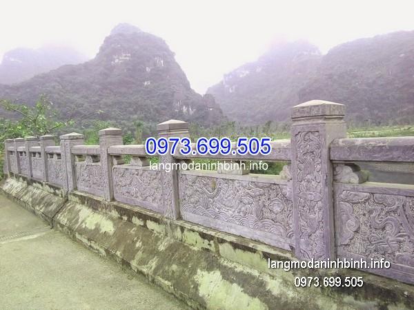 Mẫu lan can đá đẹp trên cầu