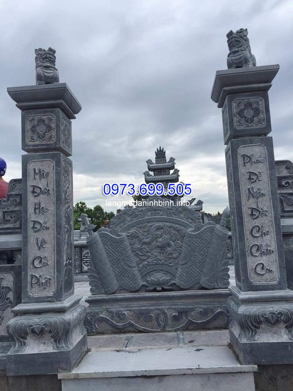 Mẫu cột cổng đá xanh cao cấp