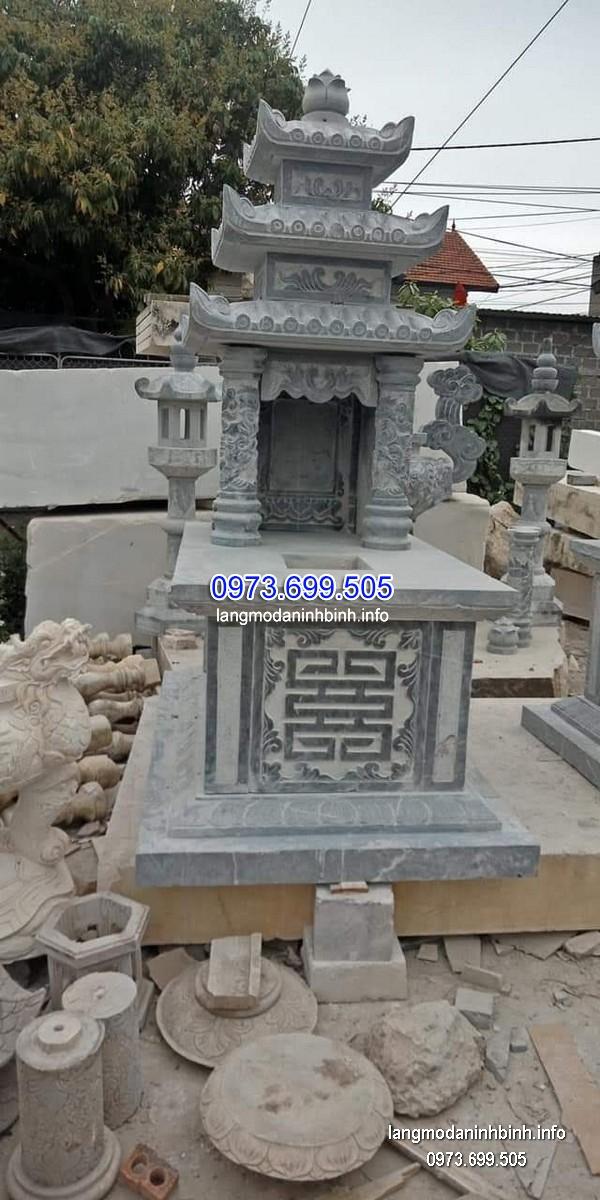 Mộ ba mái đá khối tự nhiên chạm khắc đẹp chất lượng tốt giá tốt