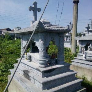 Mộ công giáo đá tự nhiên chạm khắc tinh xảo chất lượng tốt giá tốt