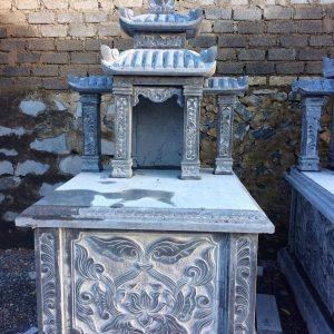 Mẫu mộ hai mái đá khối hoa văn đẹp chất lượng tốt giá hợp lý