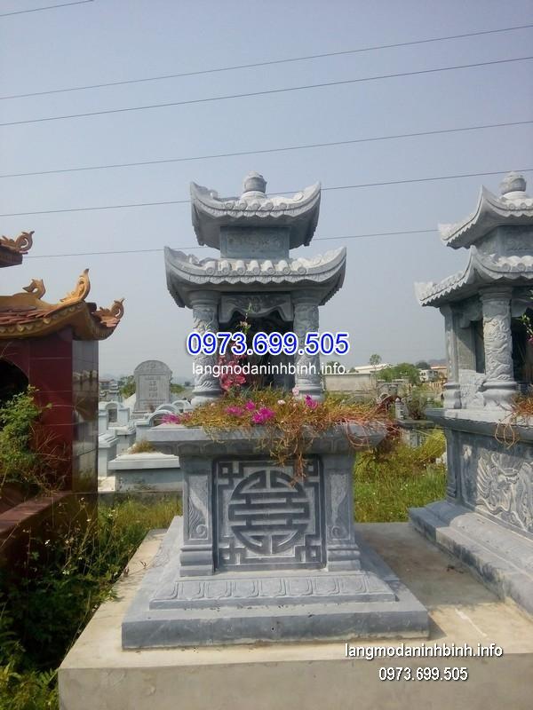 Mẫu mộ hai mái đá khối chạm trổ đẹp chất lượng cao giá hợp lý