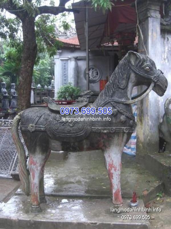 Ngựa đá đẹp chất lượng tốt giá tốt