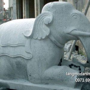 Tượng voi đá đẹp chất lượng tốt giá tốt