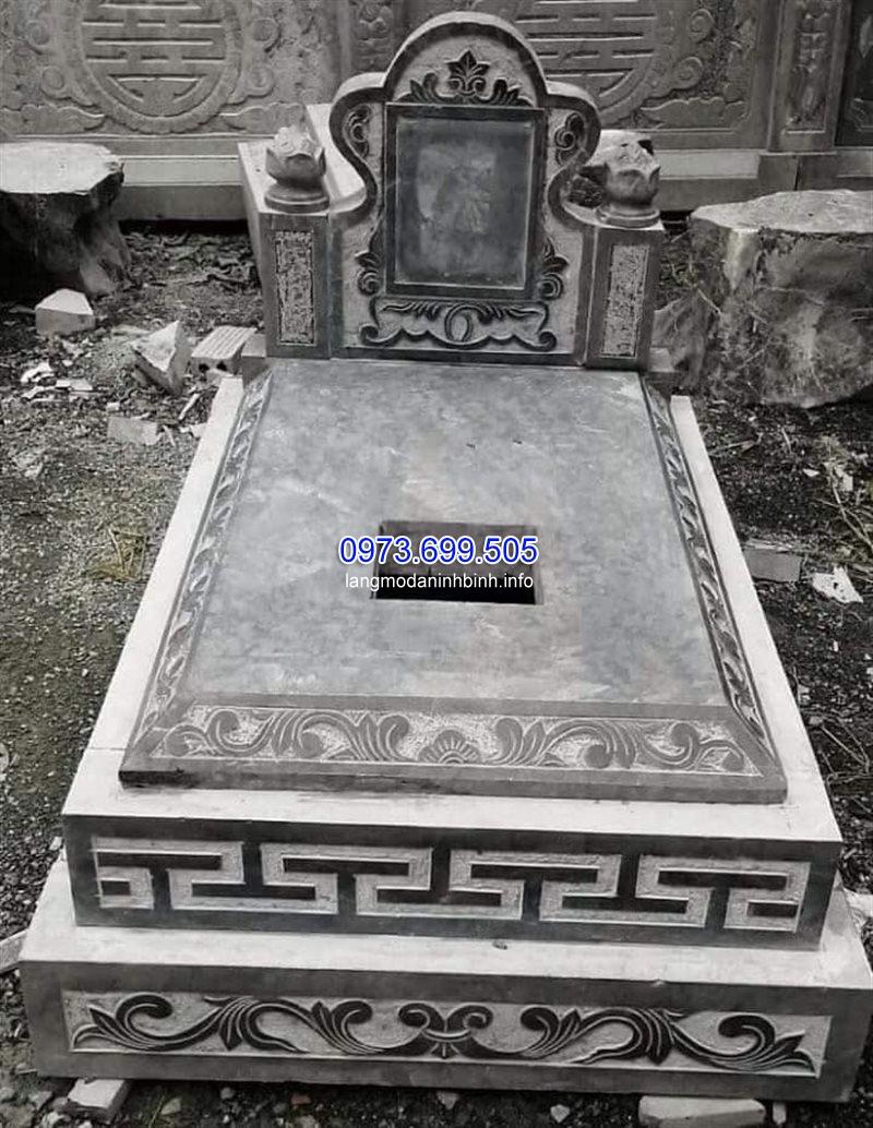 Mẫu mộ tam cấp bằng đá đẹp nhất hiện nay