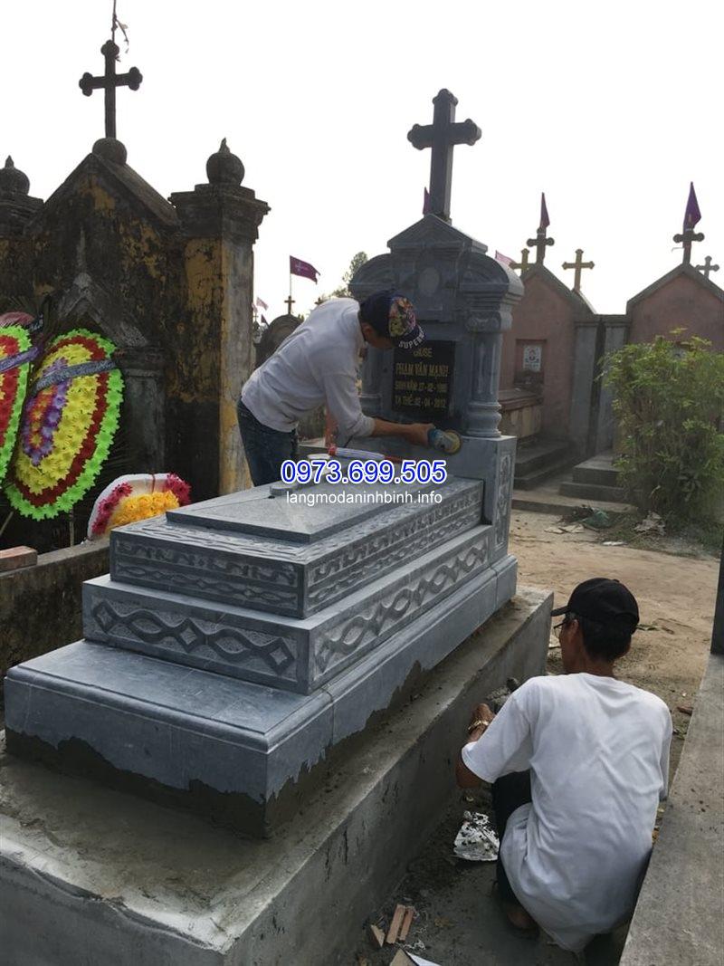 Mộ tam cấp bằng đá, giá rẻ tại Ninh Bình