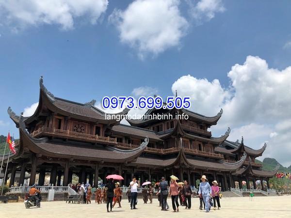 Xây dựng chùa để thành nơi du lịch, thu tiền dịch vụ liệu có đúng?