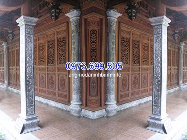 Cột đá vuông sử dụng trong công trình nhà thờ họ