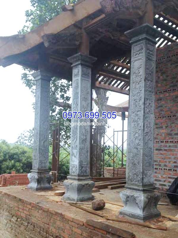Mẫu cột đá vuông dựng khung công trình