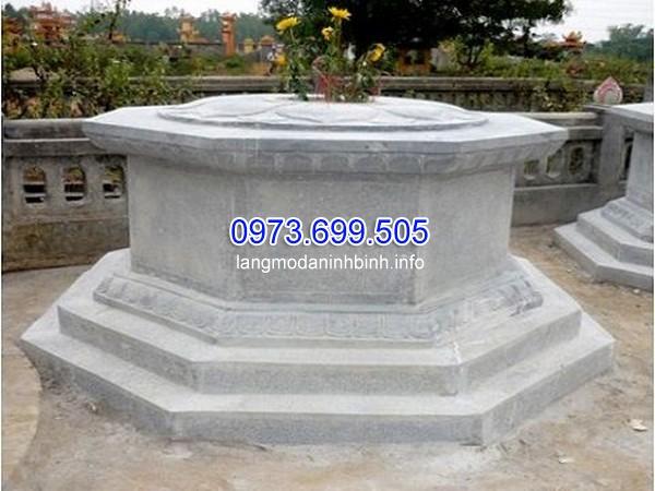 Mẫu mộ xây hình bát quái bằng đá