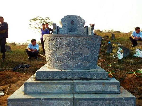 Ngôi mộ tròn đẹp ở Việt Nam