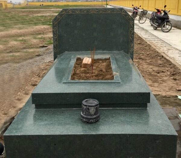 Mẫu mộ đẹp bằng đá granite tự nhiên