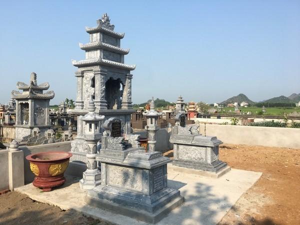 Xây dựng lăng mộ đá gia đình đơn giản