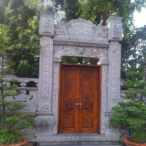 Mẫu cổng nhà bằng đá đẹp