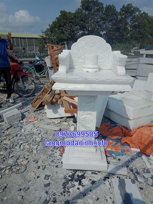 Mẫu am thờ bằng đá trắng nguyên khôi