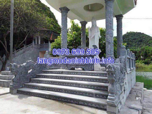 Mẫu rỗng đá bậc tam cấp nhà thờ