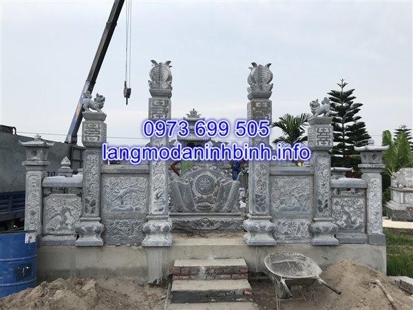 Hình ảnh lắp đặt cổng đá khu lăng mộ tại Thanh Miện Hải Dương;