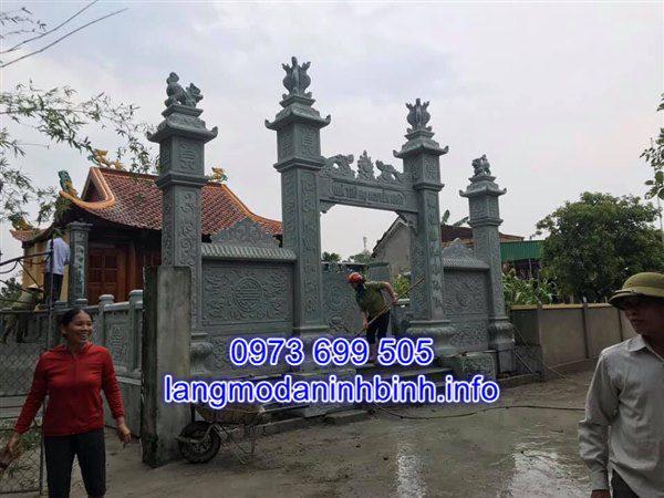 Mẫu cổng đá nhà thờ tộc đẹp chạm khắc hoa văn tinh xảo