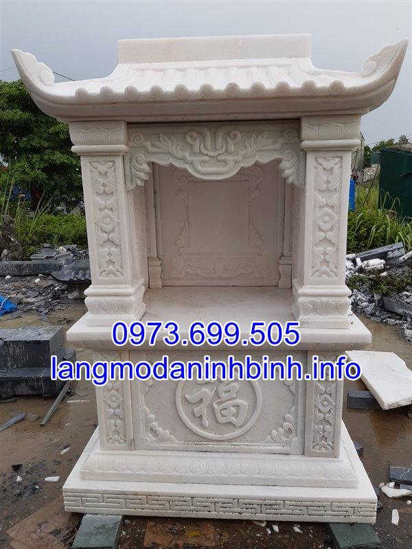 Mẫu miếu thờ thần linh co mái bằng đá trắng nguyên khôi chạm khắc đẹp