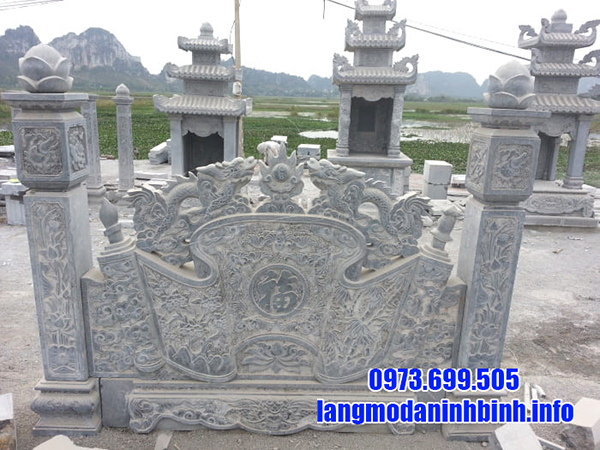 Cuốn thư đá ở khu lăng mộ
