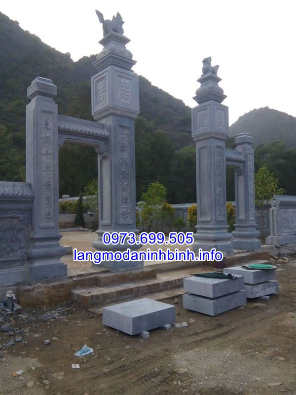 Mẫu cổng bằng đá nguyên khối đẹp thiết kế đơn giản giá thành hợp lý;