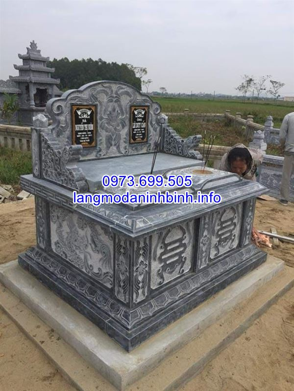 Mẫu mộ đôi đẹp để tro cốt ông bà bố mẹ bắng đá khối tự nhiên