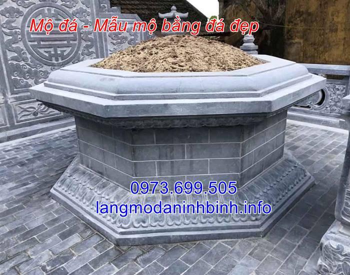 Mẫu mộ lục giác bằng đá