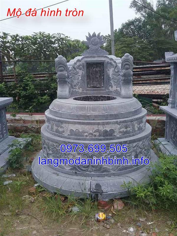 Mẫu mộ tròn chạm khắc hoa văn tinh tế
