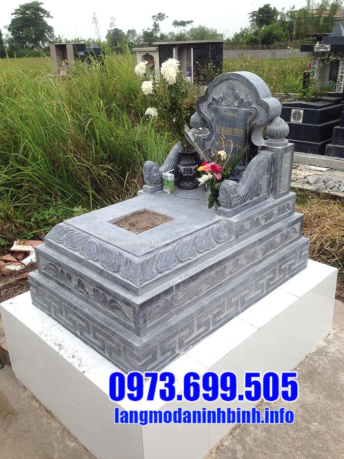 Chọn hướng mộ theo tuổi