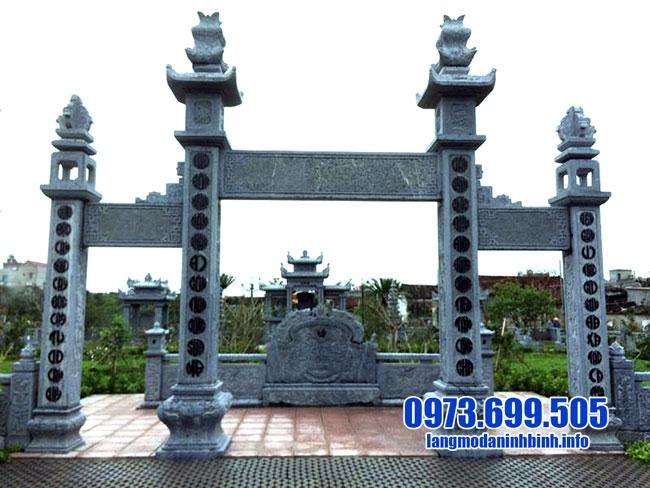 Xây dựng cổng tam quan đá