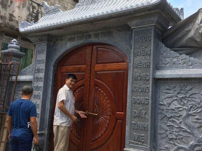 Mẫu cổng nhà thờ tộc đẹp bằng đá chạm khắc hoa văn tinh xảo