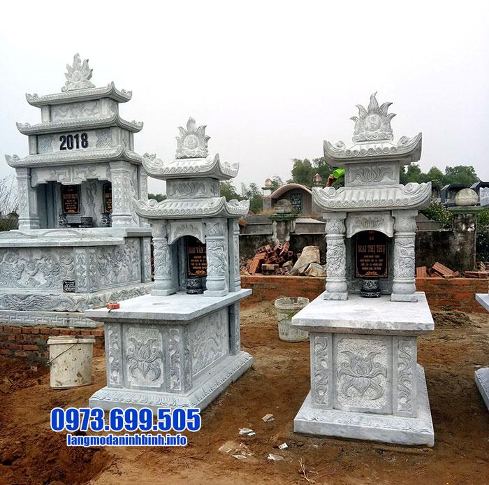 mộ xây hai mái bằng đá