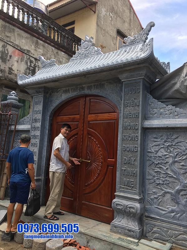cổng đá nhà thờ họ đẹp nhất