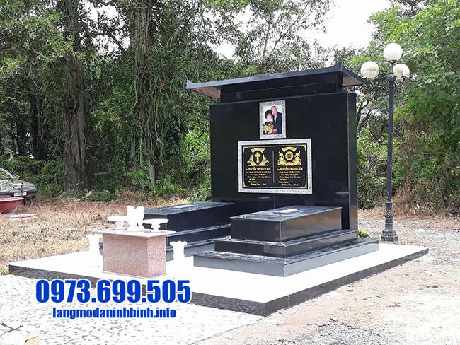 lăng mộ đơn giản bằng đá hoa cương