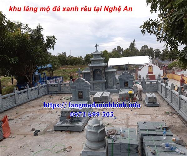 Tại sao nên chọn xây lăng mộ công giáo bằng đá xanh rêu