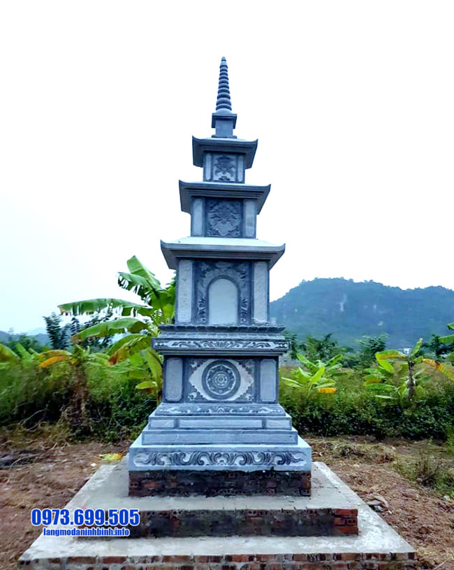 mộ đá hình tháp tại Huế