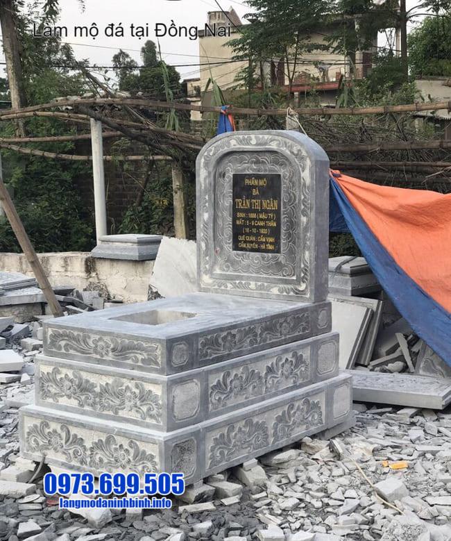 mộ tam cấp đá tại đồng nai
