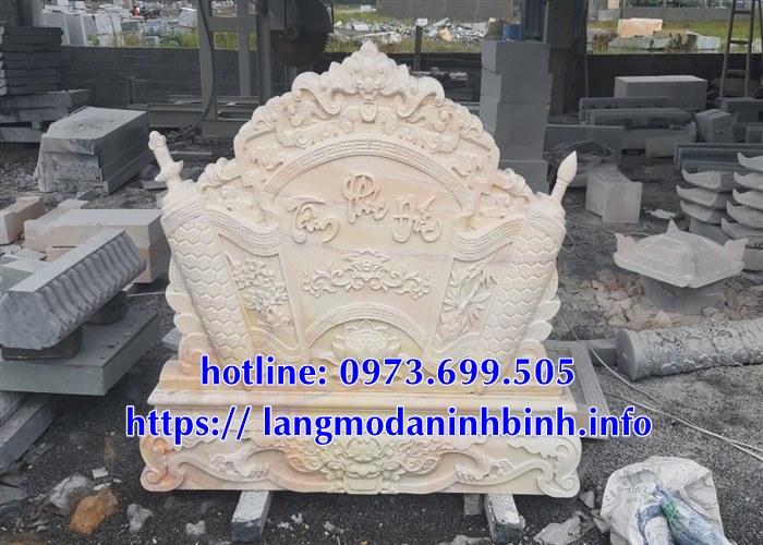 Mẫu cuốn thư đá vàng chạm khắc hoa văn tinh xảo bán tại Hà Nội 03