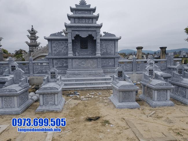 mẫu khu lăng mộ đá tại Huế