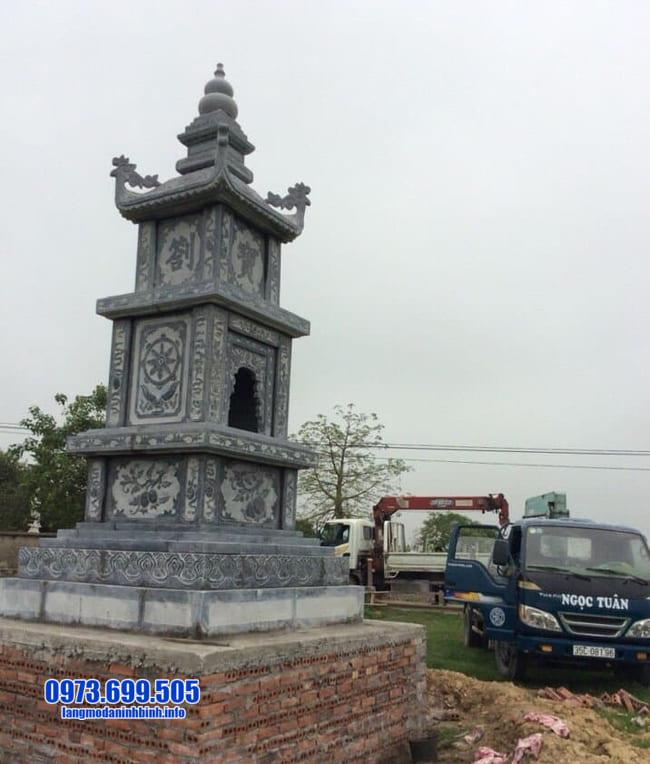 mẫu mộ đá hình tháp tại Quảng Ngãi đẹp