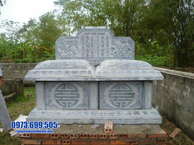mộ đôi đá mỹ nghệ tại Quảng Nam