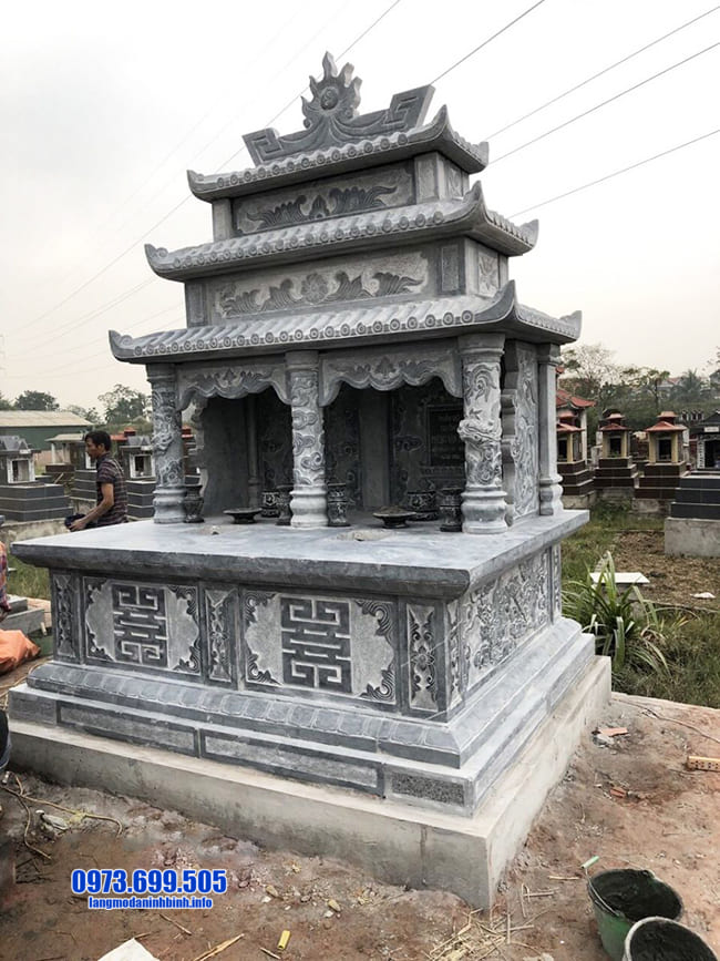 mộ được làm từ đá xanh ninh bình