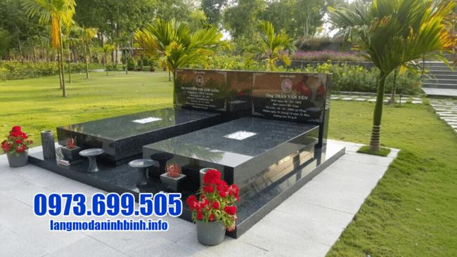 mộ đôi bằng đá hoa cương đẹp tại Đà Nẵng