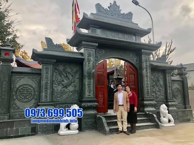 cổng tam quan bằng đá đẹp nhất tại Quảng Ninh