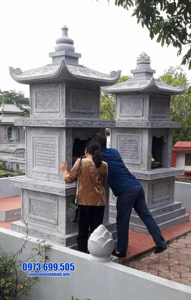 mẫu mộ tháp đá tại An Giang