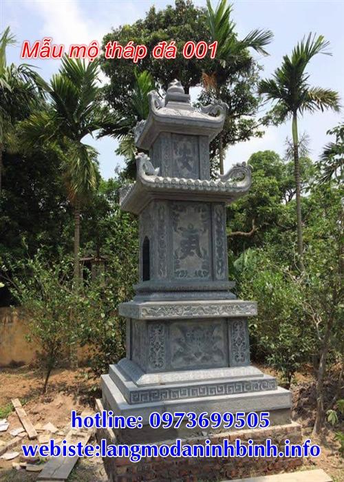 tháp mộ bằng đá để thờ hũ tro cốt tại An Giang
