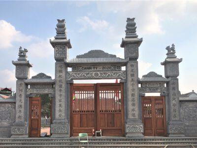 Mẫu cổng đá tư nhiên Ninh Vân, Ninh Bình đẹp